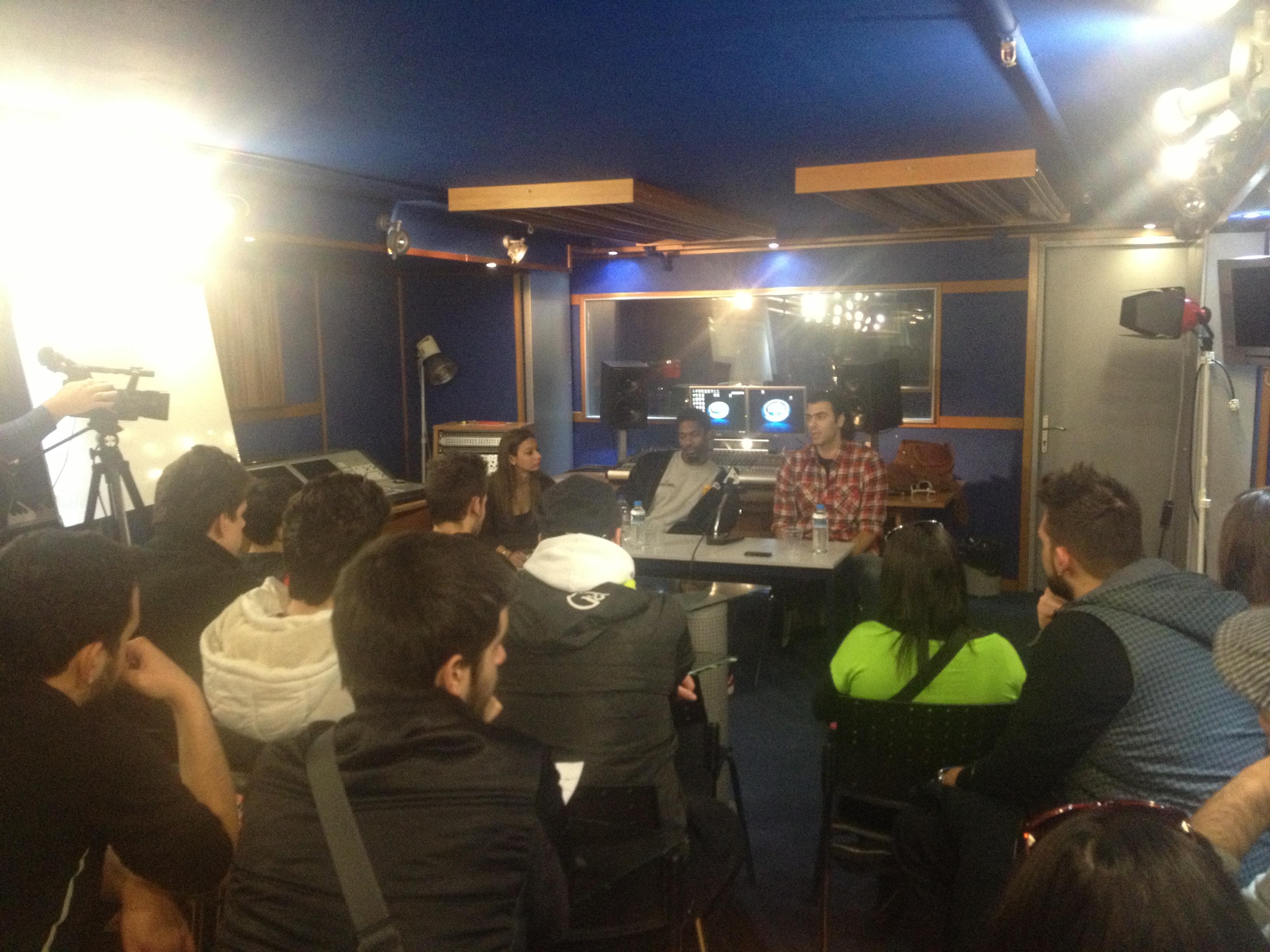 Ασημακόπουλος και Χαντ μίλησαν σε σπουδαστές δημοσιογραφίας, τονίζοντας πως «ο Άρης έχει να δώσει πολλά»