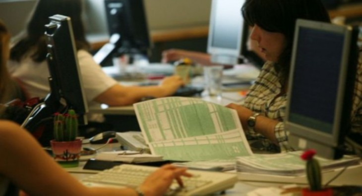 Ετήσιο εισόδημα κάτω των €12.000 δηλώνουν πάνω από 5 εκατ. Ελληνες