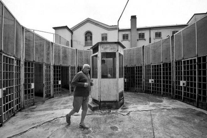 Πωλητήριο στις… φυλακές της βάζει η Ιταλία