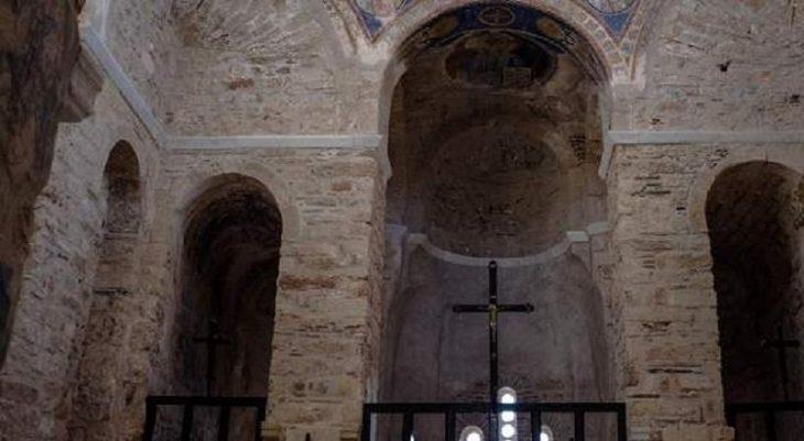 Ιερόσυλοι έκλεψαν μέχρι και το… Σώμα του Χριστού από ιερό ναό στον Πύργο Ηλείας