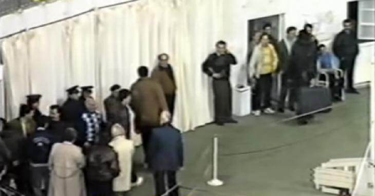 Όταν οι παίκτες του Άρη μπήκαν στο παιχνίδι με τις βαλίτσες στα χέρια! (video)