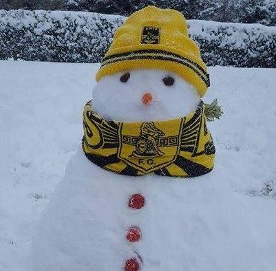 Και το Φίλυρο έχει τον χιονάθρωπό του! (photo)