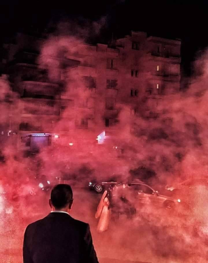 Δυο βίντεο από τον κιτρινόμαυρο γάμο στην Αθήνα που άναψε… φωτιές! (videos)