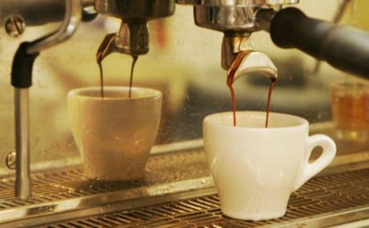 Πουλούσε μέσω ίντερνετ «θαυματουργό» καφέ