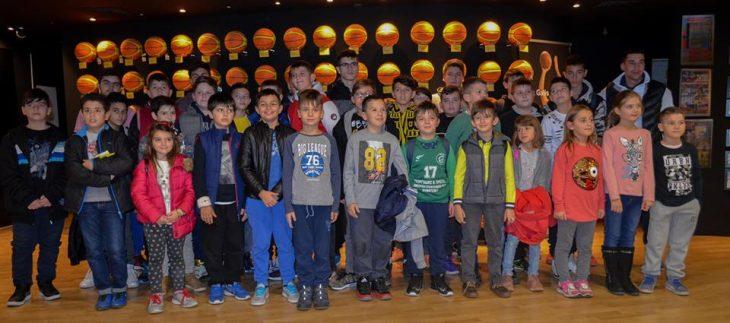 Επισκέψεις… κιτρινόμαυρης ιστορίας στο Μουσείο! (photos)