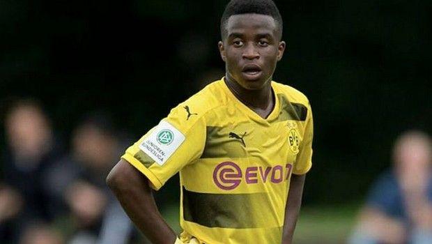 Ο 13χρονος «μπομπέρ» της Ντόρτμουντ έφτασε τα 27 γκολ σε 15 ματς (video)